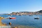 Poros vanaf Galatas gezien | Argolis Peloponessos | Griekenland | Foto 10